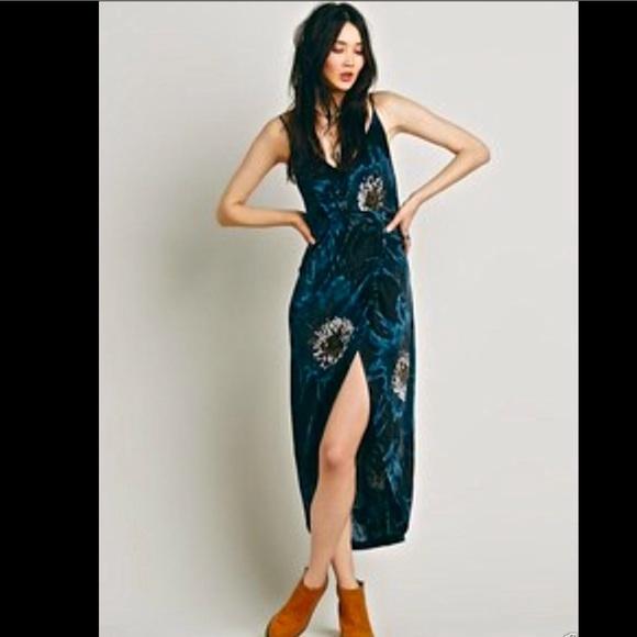 Free People Dresses & Skirts - Free People Blue Black Tan silky maxi dress 6