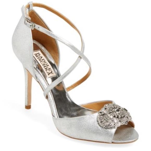 69% off Badgley Mischka Shoes - NEW Badgley Mischka Silver ...
