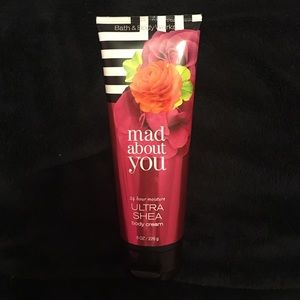 Bath & Body Works - Mad About You Body Cream 8oz