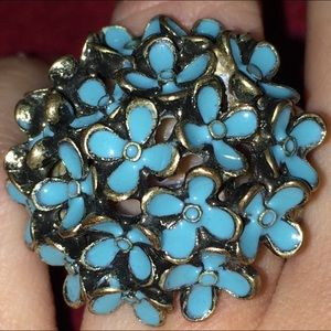 Jewelry - 💖NEW ITEM:Beautiful Turquoise Colored Stmt. Ring