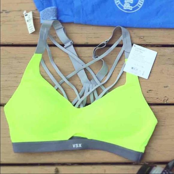 Victoria's Secret Intimates & Sleepwear - 34C VSX Lightweight Sports Bra
