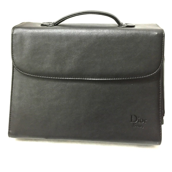 Dior Bags   Makeup And Brush Bag With Mirror   Poshmark 86c1137869