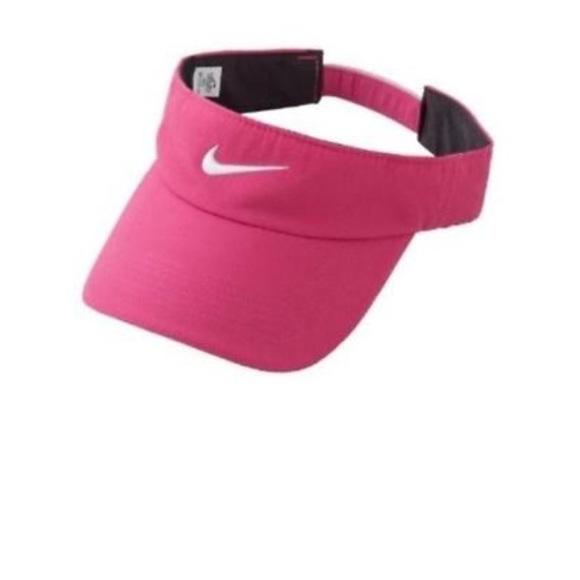 b8c8780c7 NWOT Pink nike visor