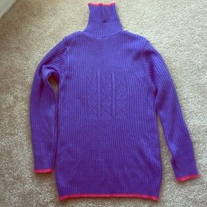 Sweaters - Purple turtleneck sweater with pink border