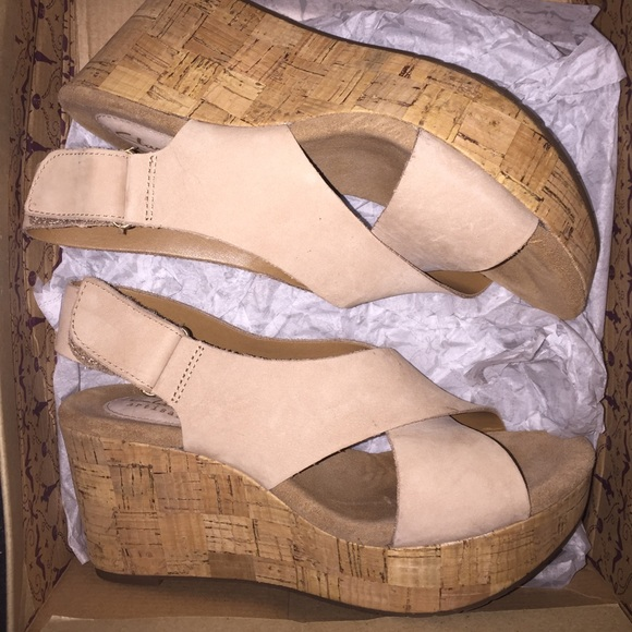 0f614ca9115 Clarks Shoes - Clarks Caslynn Shae Light Tan Wedge Sandals