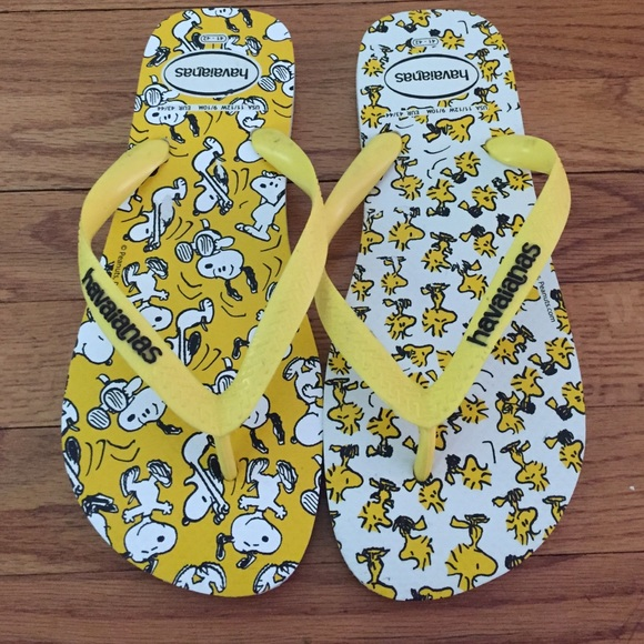 6c432e876376d8 Snoopy and Woodstock havaianas. Nwot.