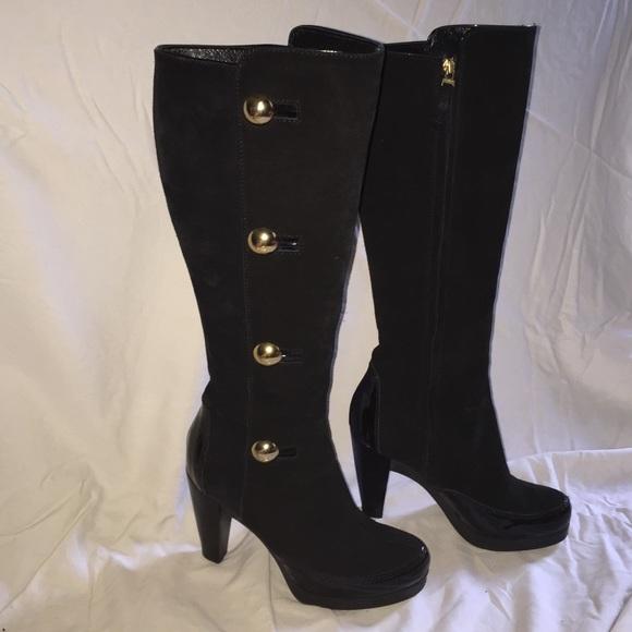 16749294 Fendi Suede Platform Boots