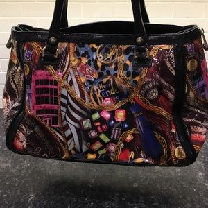henri bendel Handbags - Henri Bendel City Graphics Tote❤️