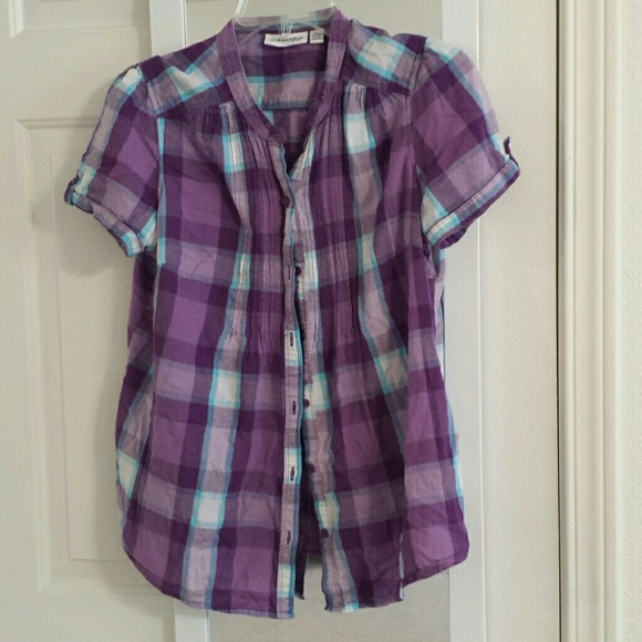 67 off st john 39 s bay tops short sleeved purple plaid for Purple plaid button up shirt