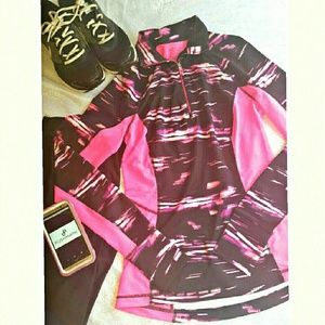 Tek Gear Tops - NWT Tek Gear workout pink and black pullover