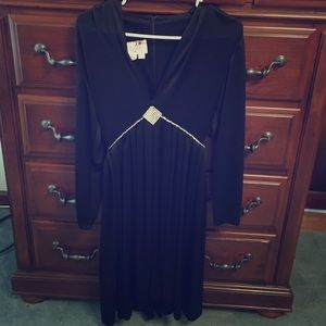 VINTAGE!! cocktail dress sz 8 black n bling