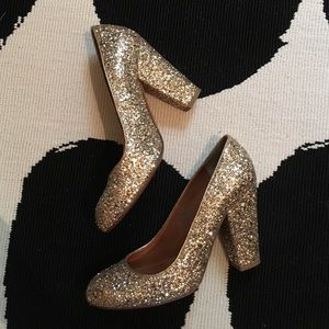 SOLD! 💛HP💛 Madewell Frankie Pump in Gold Glitter