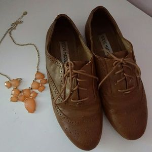Brown Steve Madden Oxfords