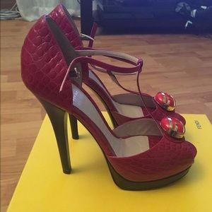 Fendi Spuntata Vitello Stampa Heels 40