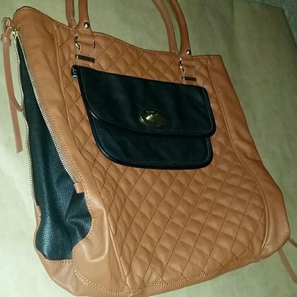steve madden steve madden camel brown and black bag from