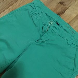 Gap - Green Khaki Pants