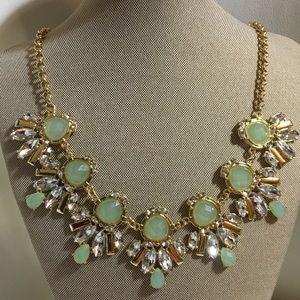 Green elegant necklace