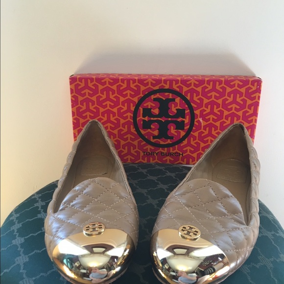 Tory Burch Kaitlin quilted tan and gold flats