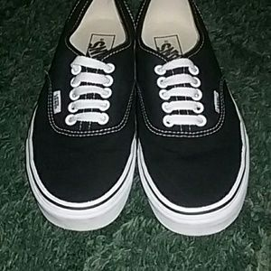 Vans Shoes | Womens 8 Thick Sole Black