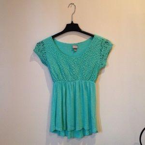 Seafoam green vanity blouse!