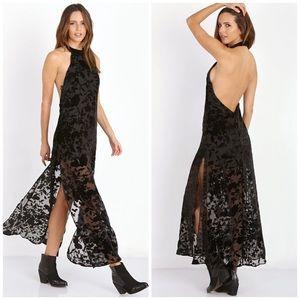 Flynn Skye Dresses & Skirts - NWOT Flynn Skye Velvet Maxi Dress
