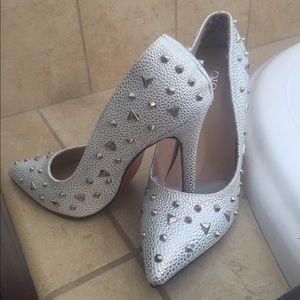 Jo-Jo Shoes - Gorgeous studded heels