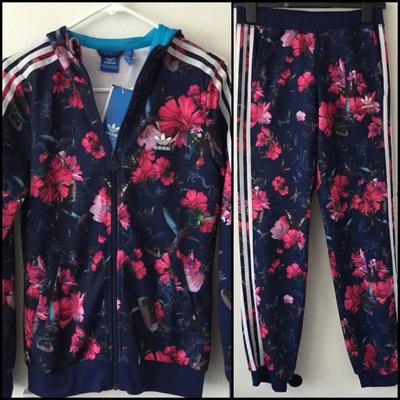 555314dce4 NWT Adidas tracksuit in floral print