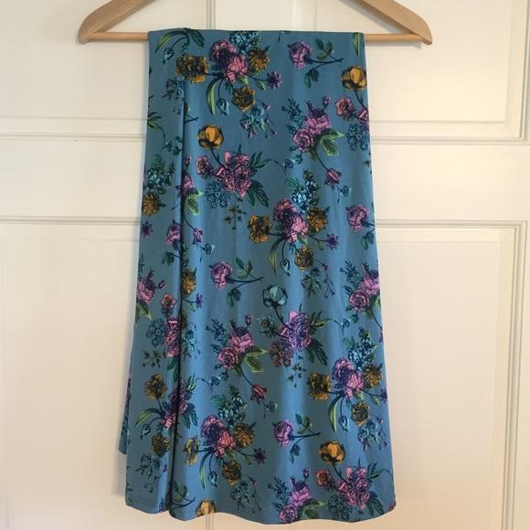 lularoe lularoe maxi skirt from ashley s closet on