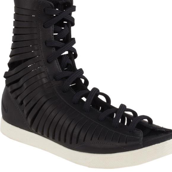outlet store 2d8c0 06fd9 Nike gladiator sandals. M 5761d3804127d034c50026ac