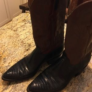 Lucchese Shoes - Luccchese ladies western boots