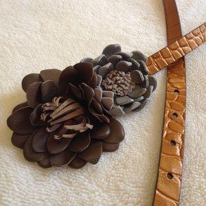 LOFT Accessories - LOFT leather belt