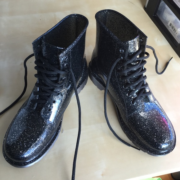 b9cff4963 Glittery jelly festival rain boots. M 5761f172b4188e7c8d001364