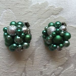 Jewelry - Vintage Frosted Green & Silver Cluster Earrings