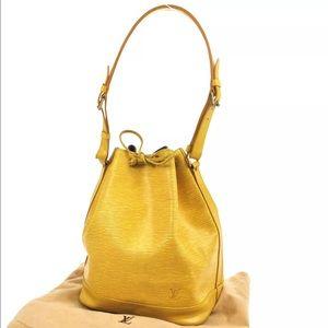 Auth Louis Vuitton Noe drawstring shoulder bag