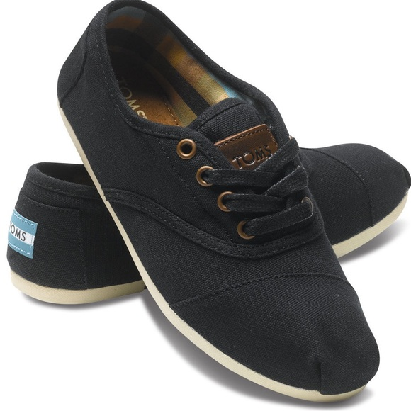 TOMS Shoes   Cordones Black Size 8