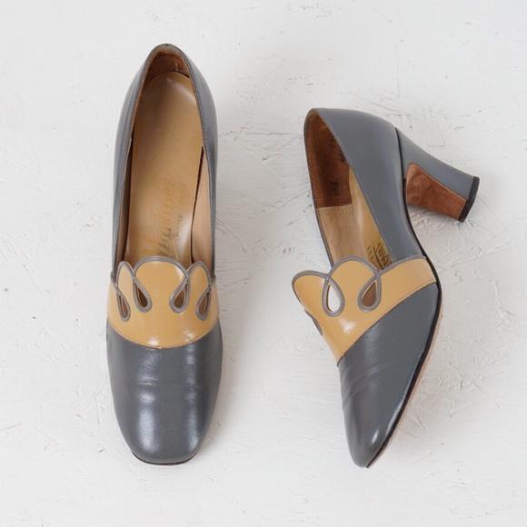 vintage  Shoes - 🌸5 for $25🌸vintage 60s tea & biscuit heels