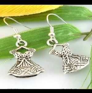 Silver Princess Dress Earrings