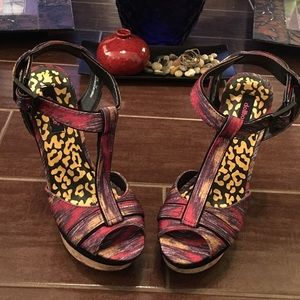 Dollhouse Shoes - Ripping It Up Wedges