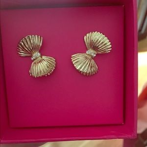 NWT: Lilly Pulitzer Gold Bow Earrings with box