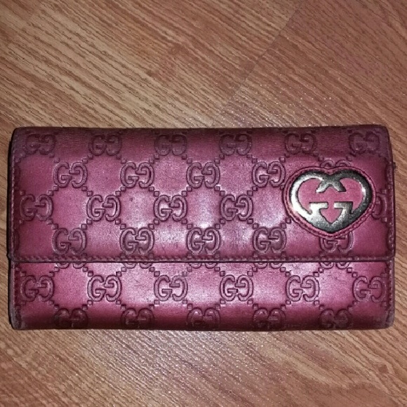 ab088be9265 Gucci Handbags - 1Day Sale Gucci Guccissima Wallet Heart Authentic
