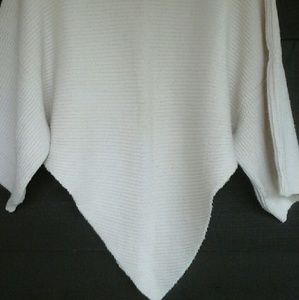 Funky sweater off white med