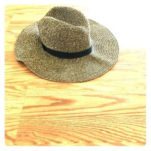 Forever 21 Accessories - forever 21 fedora hat
