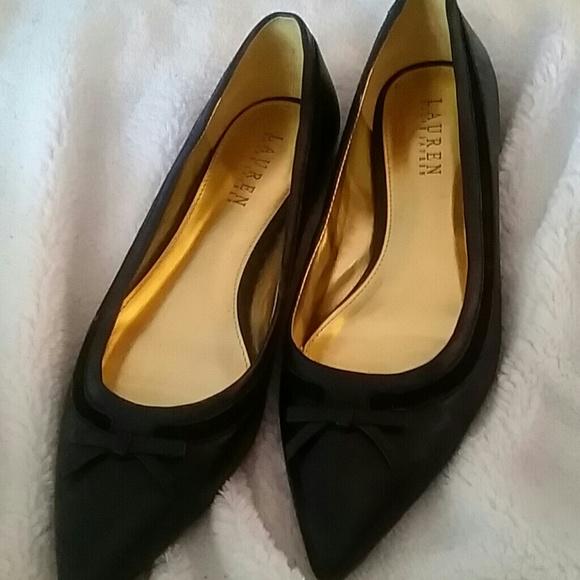 39 off ralph lauren shoes ralph lauren ballet flats size 9 from laura 39 s closet on poshmark. Black Bedroom Furniture Sets. Home Design Ideas