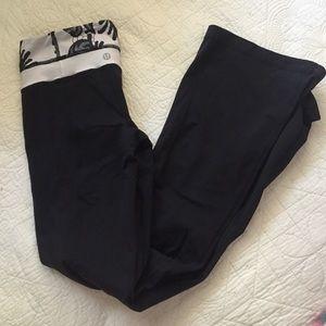 Lululemon  yoga/ groove pants