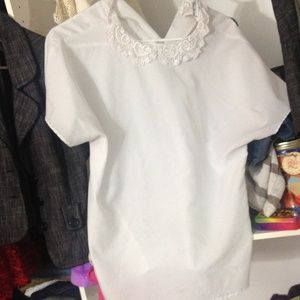 Tops - White flowy shirt