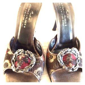 Donald J. Pliner Shoes - Donald Pliner heeled mules size 7.5.