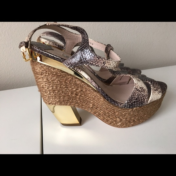 Miu Miu Snakeskin Platform Sandals outlet visit new buy cheap new discount big sale outlet 2014 new clearance best BvLNXtP