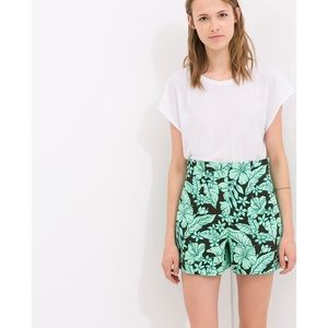 Zara Hawaiian print high waisted shorts