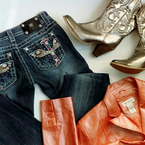 Jones Wear Dresses Dresses - ❤LIKE This Listing for Closet Updates