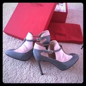 11 off valentino shoes  valentino pink classic high
